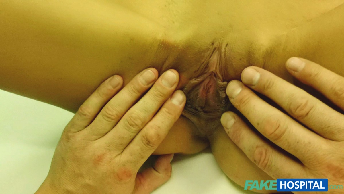 student-with-lovely-big-pussy-lips-gets-full-check-up-and-creampie-09